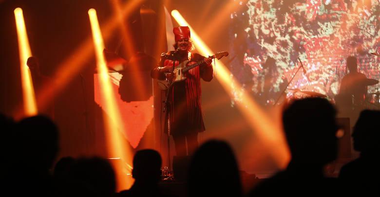 Wspaniałe widowisko Red Rexen Temple na Europejskim Stadionie Kultury w Rzeszowie.
