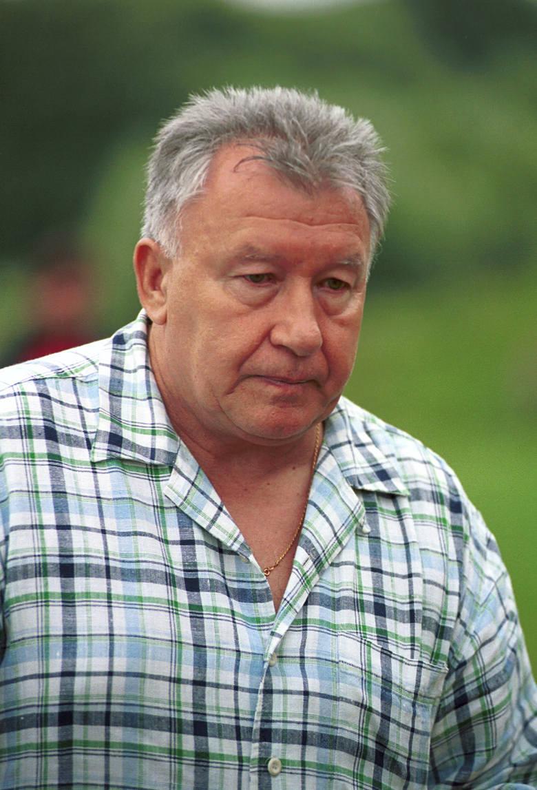 Prowadził Jagiellonię w sezonie 2001/2002. Później prowadził reprezentację Sudanu, a następnie Narwi Ostrołęka.Obecnie: na emeryturze, wykłada w szkole