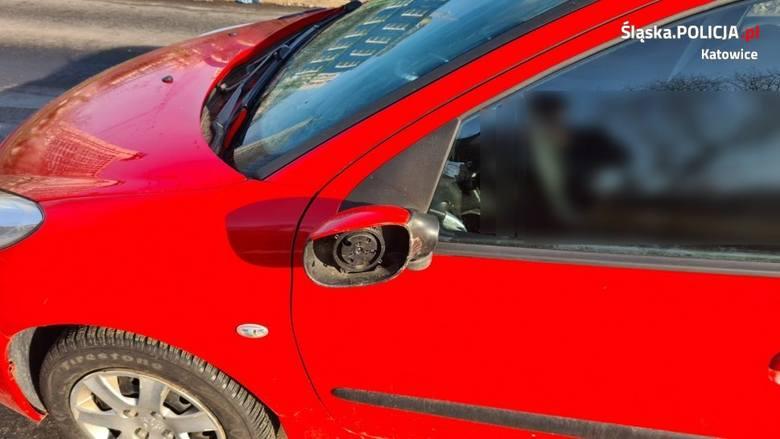 Pijany piłkarz GKS Katowice niszczył samochody na ulicy.Zobacz kolejne zdjęcia. Przesuwaj zdjęcia w prawo - naciśnij strzałkę lub przycisk NASTĘPNE