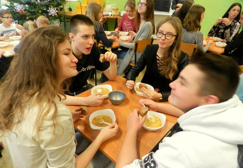 degustacja zupy jarzynowej