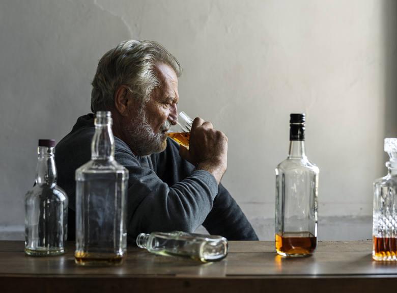 Sprawdź 7 mitów o alkoholu i chorobie alkoholowej