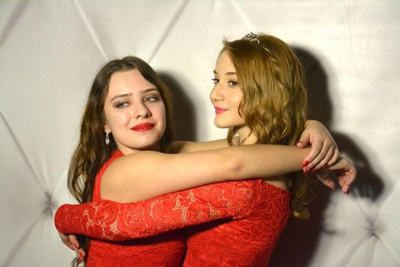 Miss Studniówki 2018: Królowe balów studniówkowych z woj. śląskiego.  Sezon studniówkowy nadal trwa. Prezentujemy galerię najładniejszych uczennic, które