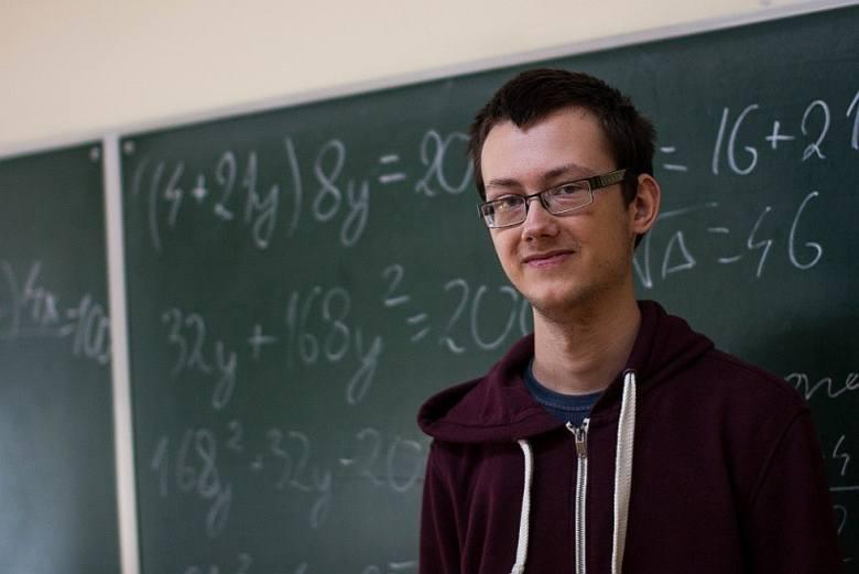 Sukces Szymona Stolarczyka, absolwenta II LO w Ostrołęce