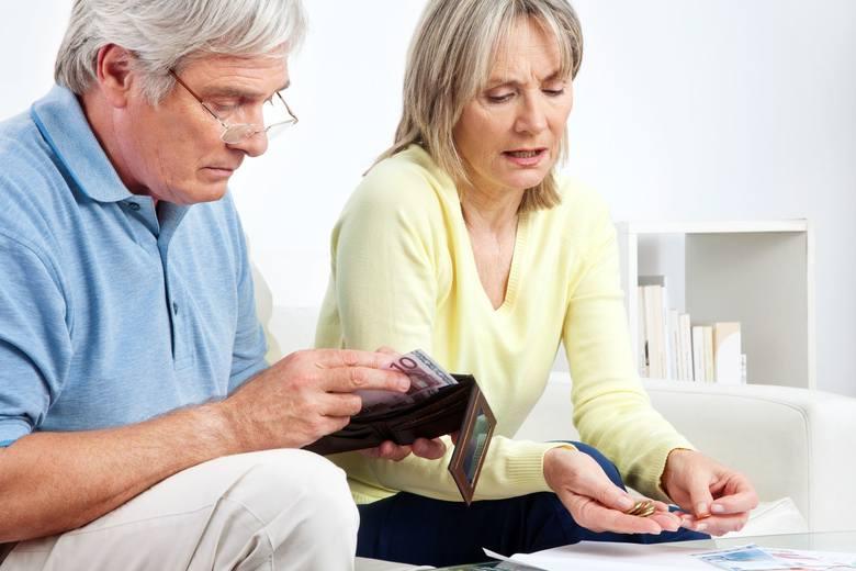 Od marca 2019 roku więcej pieniędzy trafi do emerytów i rencistów.* Najniższe emerytura - a także renta z tytułu całkowitej niezdolności do pracy i renta