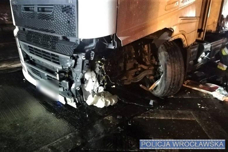 Ciężarówką wjechał w punkt poboru opłat na autostradzie A4. Miał ponad 1.7 promila alkoholu w organizmie
