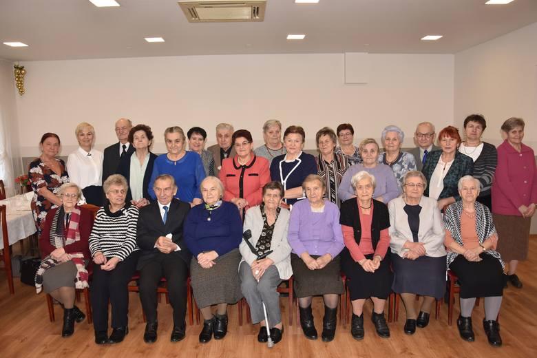 Jak co roku,na spotkaniu opłatkowym w żnińskiej restauracji Alma spotkali się członkowie żnińskiego koła Związku Kombatantów Rzeczpospolitej Polskiej