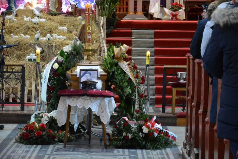 Dzisiaj na Cmentarzu Zasańskim w Przemyślu został pochowany mjr w stanie spoczynku Jerzy Kostiuk. Urodził się we Lwowie w 1923 r., w 1940 r. został deportowany