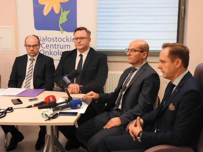 Ośrodkiem wiodącym w naszym regionie będzie Białostockie Centrum Onkologii. Uniwersytecki Szpital Kliniczny będzie odpowiadał za pacjentów z nowotworem płuc, zaś Uniwersytet Medyczny w Białymstoku - jako pierwszy w kraju - włącza się w sieć ze swoim biobankiem.- Po raz pierwszy w ramach pilotażu...