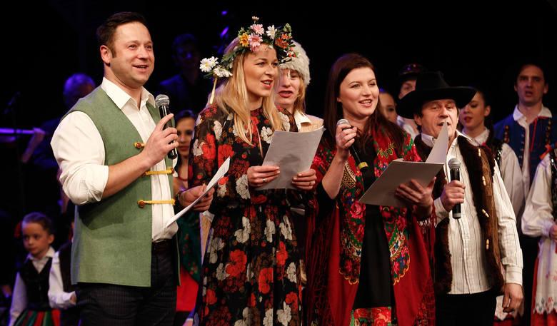 Serca Sercom charytatywne kolędowanie w Teatrze im. Siemaszkowej.