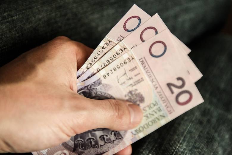 W którym powiecie w województwie zachodniopomorskim zarabia się najwięcej? Sprawdźcie przeciętne miesięczne wynagrodzenie brutto w 2018 roku w powiatach