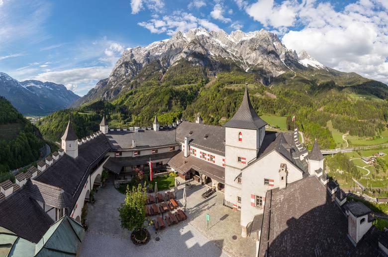 Austria - wakacje 2020Polacy znaleźli się w gronie 31 krajów, których obywatele nie muszą przechodzić kwarantanny. Do Austrii nie wjadą na razie podróżujący