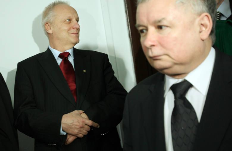Kilka lat później zakładał Solidarność na Uniwersytecie Łódzkim. Internowano go po wprowadzeniu stanu wojennego w grudniu 1981 r.