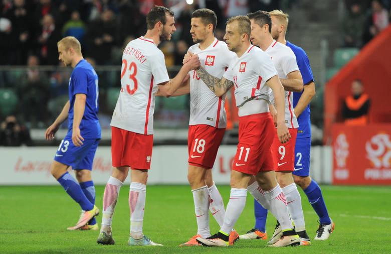 Polscy piłkarze podczas ostatniego meczu towarzyskiego z Finlandią we Wrocławiu