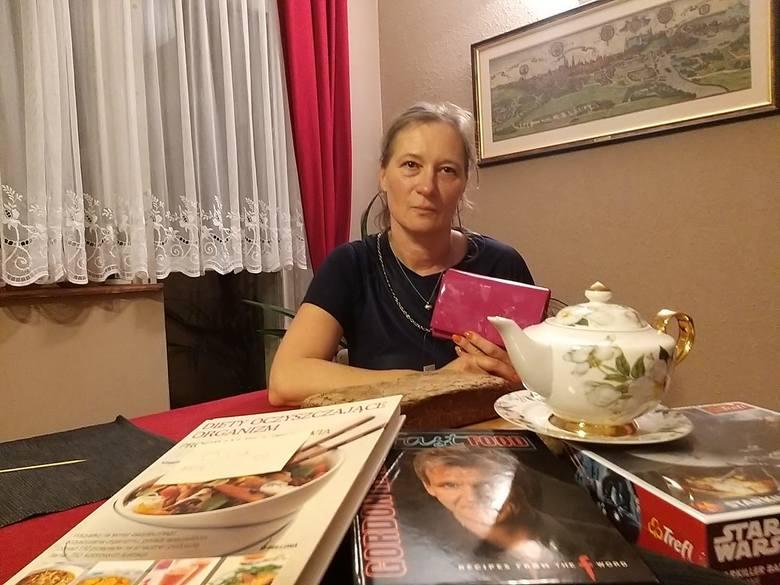 """Joanna Krzyżanowska, tłumaczka, jednak z klientek """"Gracji"""" i inicjatorek akcji ratunkowej."""