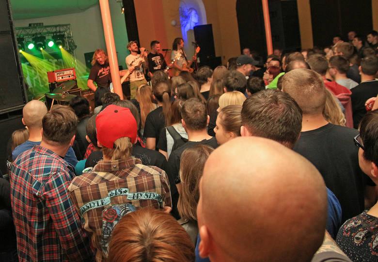 Koncert zespołu Luxtorpeda w grudziądzkim klubie Akcent