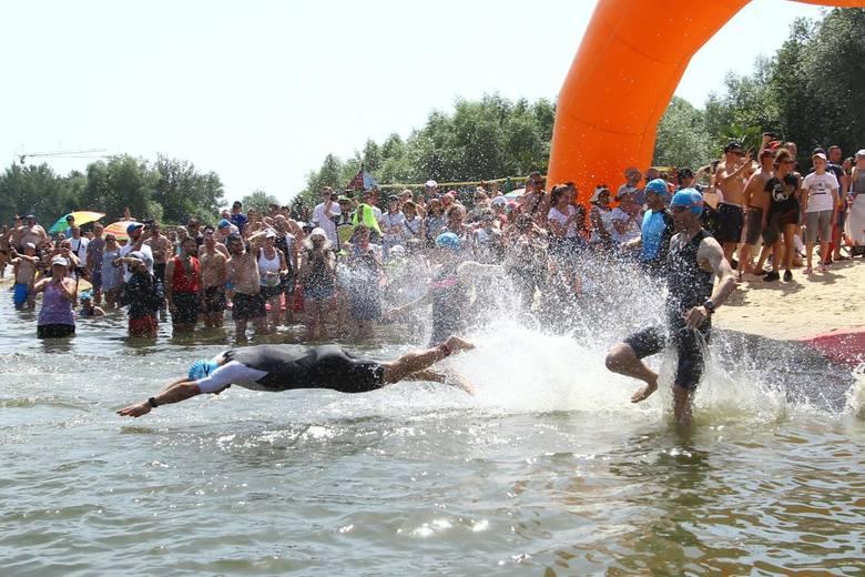 W niedzielę odbył się Triathlon Rzeszów 2019. Na starcie stanęło blisko 400 osób. Zawody składały się z trzech dyscyplin sportowych: pływania, jazdy