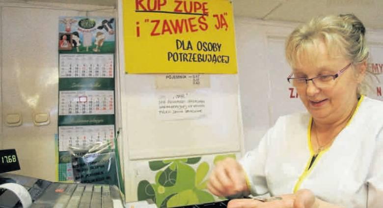 W zimowych miesiącach, kiedy trwa akcja w Poranku przy ul. Wojska Polskiego, codziennie na potrzebujących czeka jedna konkretna zupa