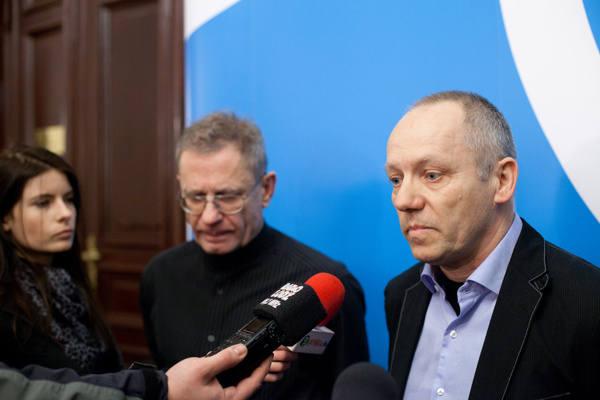Roman Wieszczek podczas wspólnej konferencji prasowej z Markiem Janiakiem, architektem miasta.
