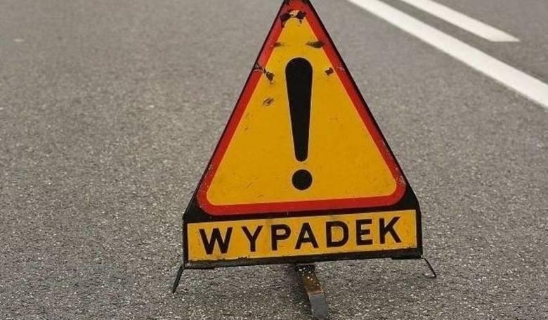 Przed godziną 16 doszło do groźnie wyglądającego wypadku, na drodze krajowej 206 z Koszalina do Polanowa. Na czwartym kilometrze tej drogi, będącej przedłużeniem