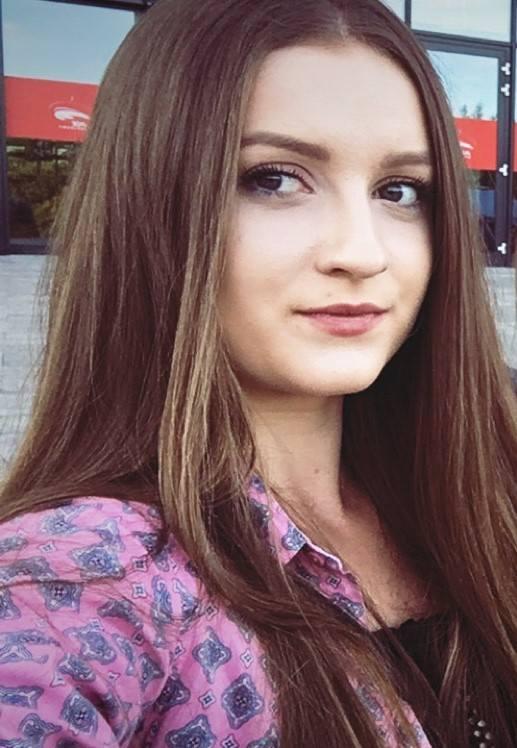 Kaja Bochenek (22 lata): Kochać znając niedoskonałości<br /> Z perspektywy historii Polski, patriota kojarzy nam się z takimi postaciami, jak Jan III Sobieski czy Józef Piłsudski. Byli w stanie oddać życie za własną ojczyznę, umrzeć dla wspólnoty. Dziś nie musimy umierać dla wspólnoty, ale dla...
