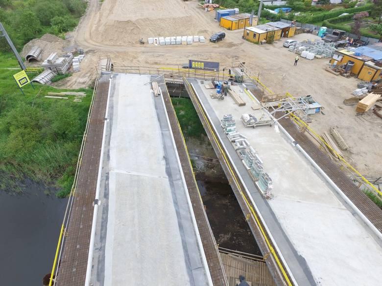W naszym regionie trwa realizacja drogi ekspresowej S6. Zobaczcie najnowsze zdjęcia z postępu prac na odcinku Kołobrzeg Zachód - Ustronie Morskie.Zobacz