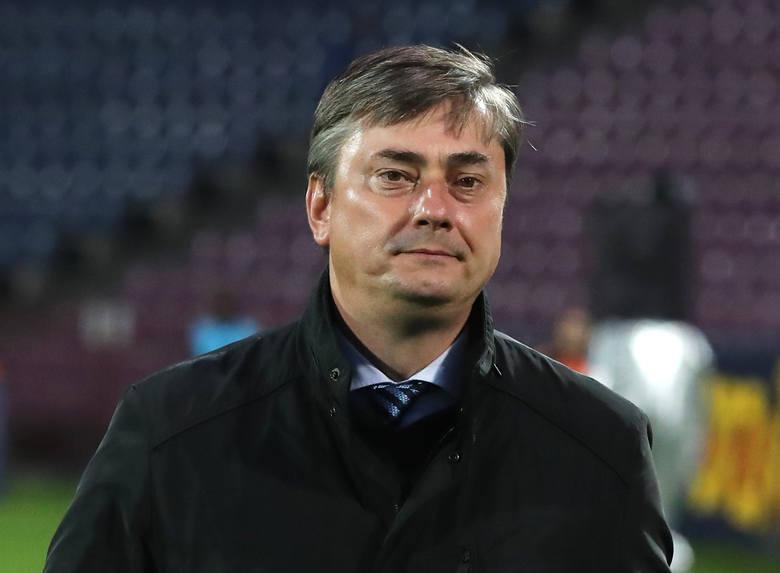 Jeżeli zmieniać selekcjonera to od razu po meczu z Holandią wieńczącym Ligę Narodów. Polska w marcu rozpocznie bowiem eliminacje do MŚ 2022, a w czerwcu