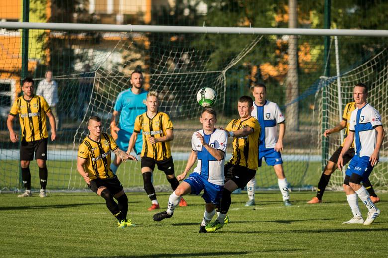 W 4. kolejce IV ligi Zawisza Bydgoszcz zremisował ze Spartą Brodnica 1:1. Gola dla niebiesko-czarnych strzelił Patryk Kozłowski (81), wyrównał Dorian