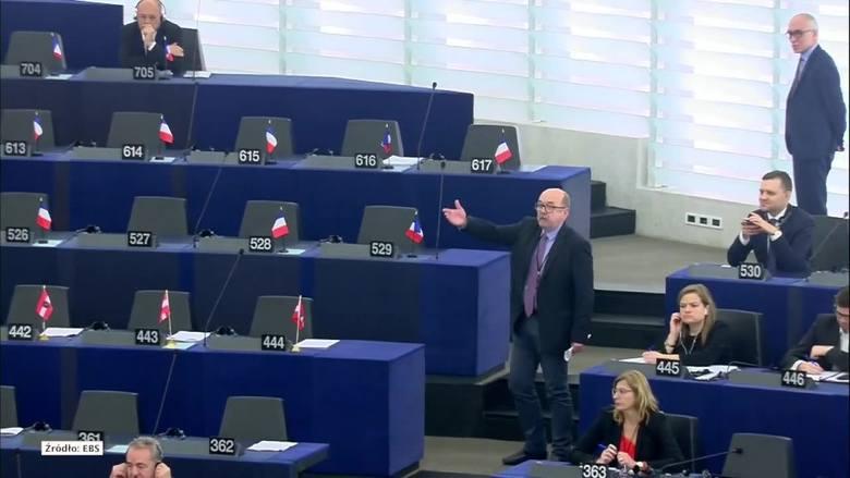 Po wystąpieniu Ryszarda Legutki europosłowie PiS opuścili salę plenarną Parlamentu Europejskiego