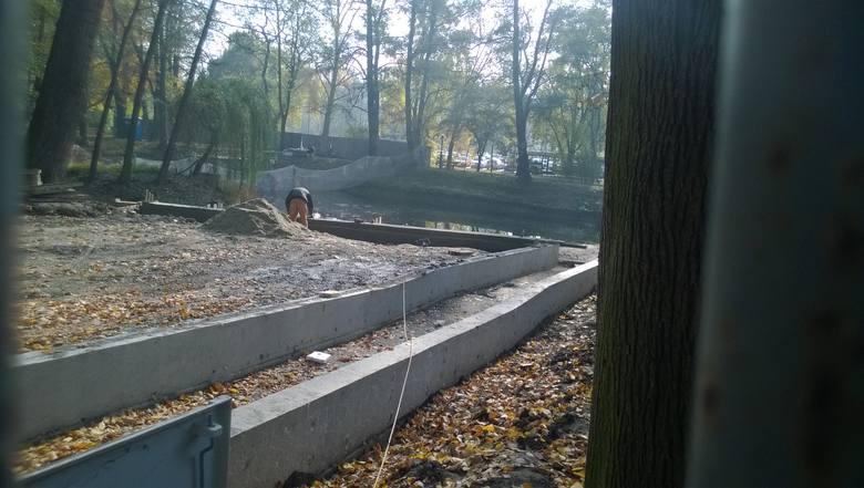 Trwa budowa tarasów w wodzisławskim Parku Miejskim