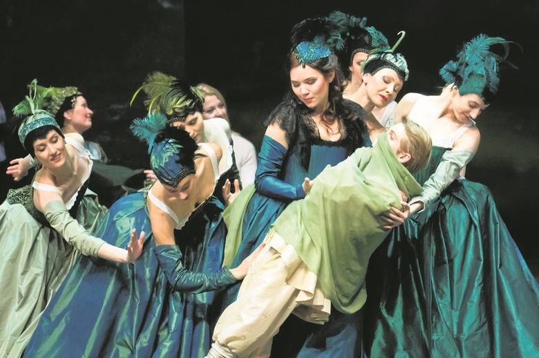 """""""Don Carlos"""" w reżyserii Włodzimierza Nurkowskiego był premierą tegorocznego festiwalu. To już festiwalowa tradycja, że inaugurujący spektakl przygotowują gospodarze, czyli Opera Nova."""