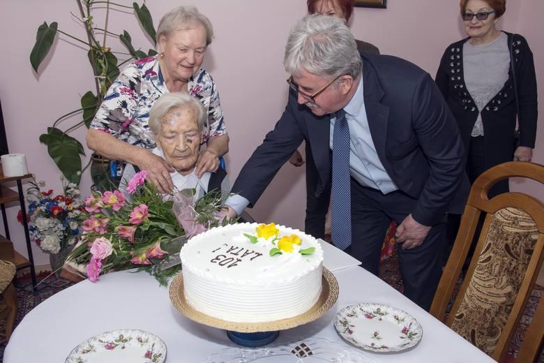 Wspomnienia Władysławy Porcz z Rodak, która w tym roku świętowała swoje 103. urodziny