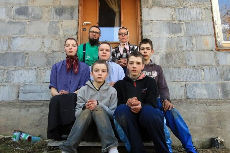 Jak się żyje amiszom w Polsce? Jedyna taka rodzina mieszka pod Janowem Lubelskim