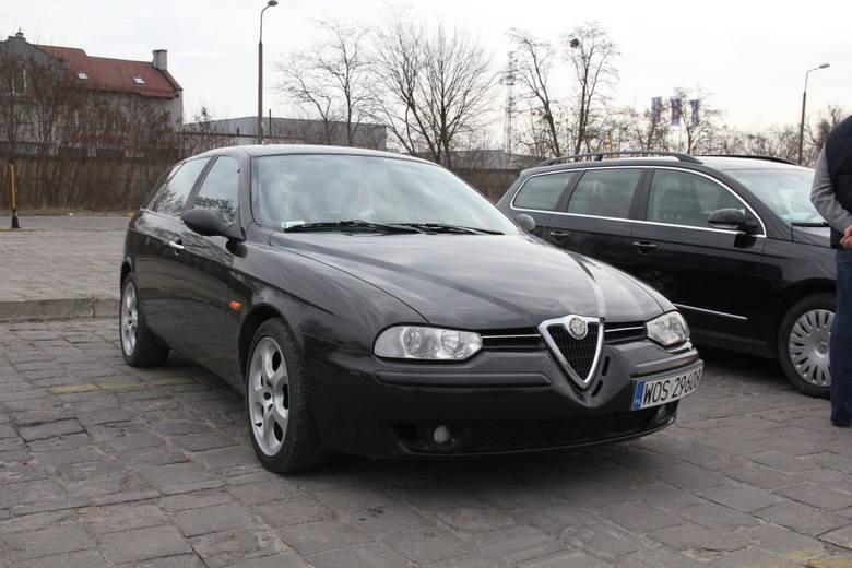 Alfa Romeo 156, 2001 r., 2,4 JTD, ABS, centralny zamek, elektryczne szyby i lusterka, komputer pokładowy, wspomaganie kierownicy, 5 tys. 500 zł