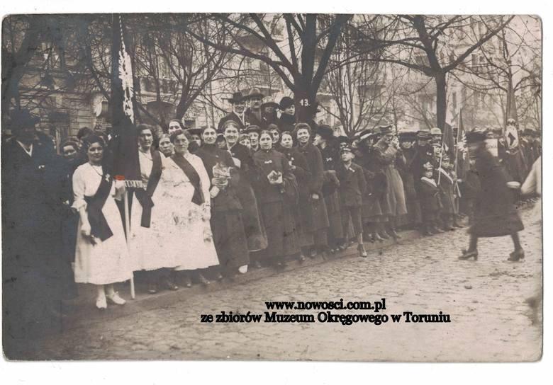 18 stycznia 2019 roku przypada 99. rocznica powrotu Torunia do Rzeczypospolitej. Zobaczcie jak miasto wyglądało w tamtym czasie.NowosciTorun