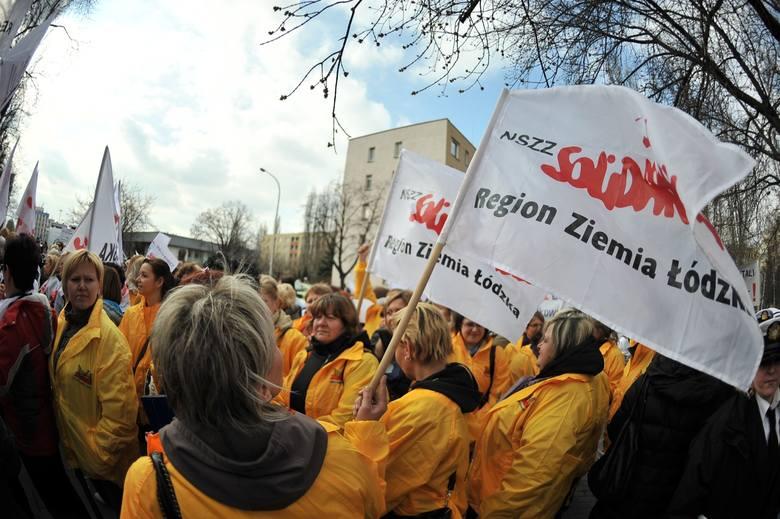 W 2012 roku związkowcy (również z łódzkiego) protestowali przeciwko podniesieniu wieku emerytalnego.