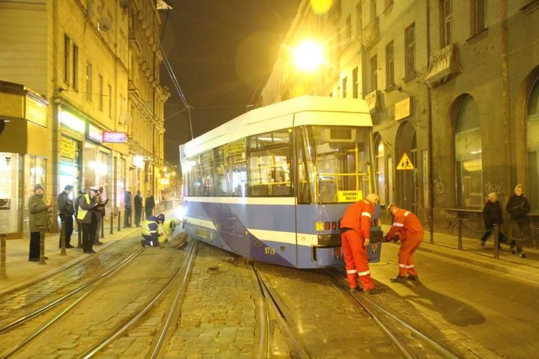 Wykolejenie tramwaju na Kołłątaja, 21.03.2016