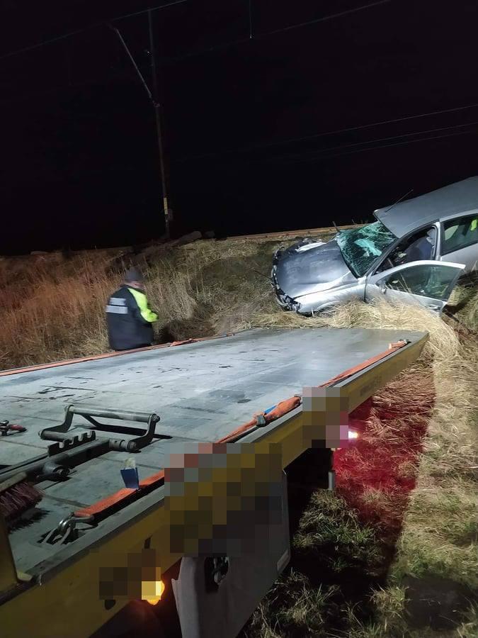 Śmiertelny wypadek na przejeździe kolejowym w Suszcu. Kierowca samochodu zginął na miejscu