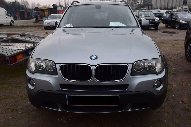 BMW X3 - rok produkcji 2007, z silnikiem 2.0, diesel, o mocy 177 KM. Stan licznika 227 tys. km. Cena 28 700 zł