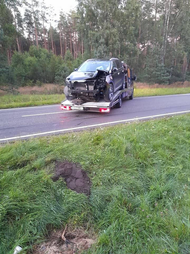 W okolicach Trzemielewa (gm. Rzeczenica) na drodze krajowej nr 25 doszło do zderzenia dwóch samochodów. W obu pojazdach było łącznie 7 osób (cztery osoby