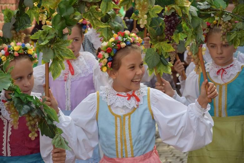 W niedzielę (8 września) w samo południe w Konkatedrze p.w. Św. Jadwigi Śląskiej w Zielonej Górze od była się uroczysta Msza Święta w intencji winiarzy,