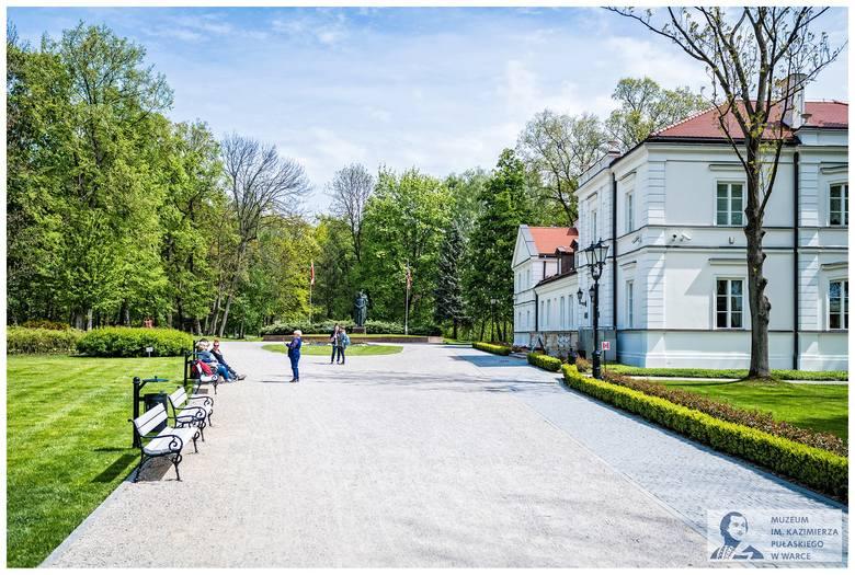 """Muzeum """"Pułaskiego"""" w Warce zaprasza zwiedzających w Noc Muzeów."""