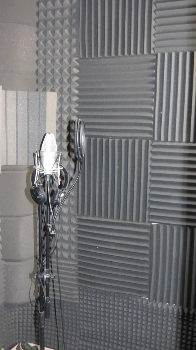 """""""Dziupla"""", czyli jak w opuszczonym budynku w Skopaniu powstało studio nagrań"""