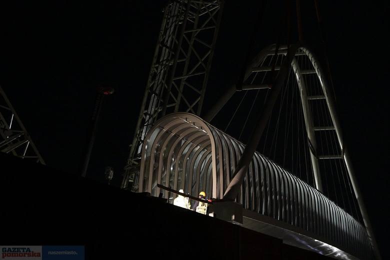 Przez 4 godziny zamknięta była w nocy z 25 na 26 września autostrada A1 na wysokości miejscowości Przywieczerzyn w województwie kujawsko-pomorskim. Powodem