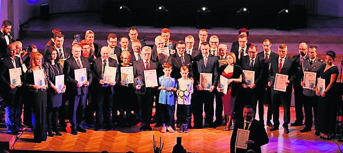 Wśród zwycięzców w kat. Samorządność i społeczność lokalna najwięcej głosów w finale zebrał Andrzej Pilot, prezes WFOŚiGW