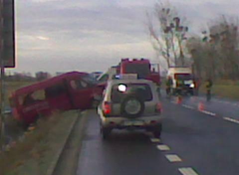 Wypadek busa pod Grodkowem