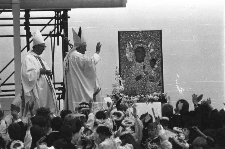 Komunia inna niż wszystkie. Wspomnienie z wizyty Jana Pawła II w Łodzi 13 czerwca 1987 roku