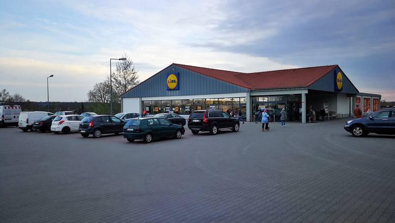 Wyprzedaż w Lidlu w Skarżysku-Kamiennej przed modernizacją sklepu