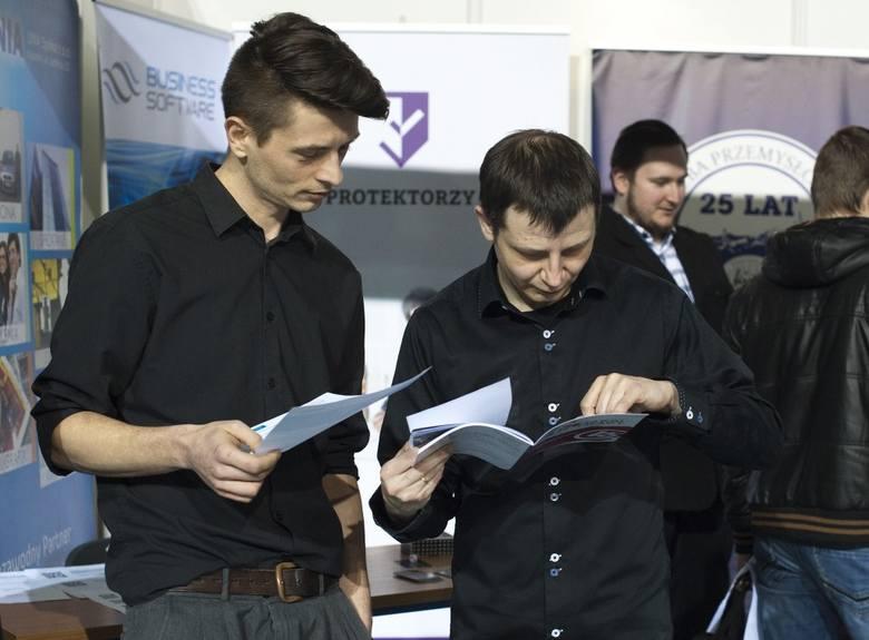 Po targach pracy w Koszalinie. Oferty, szkolenia, porady zawodowe [wideo, zdjęcia]