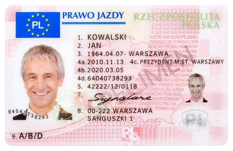 Minister Zagórski zapowiedział też wprowadzenie elektronicznego prawa jazdy. Chociaż oficjalnie termin nie jest jeszcze zatwierdzony, wiele wskazuje