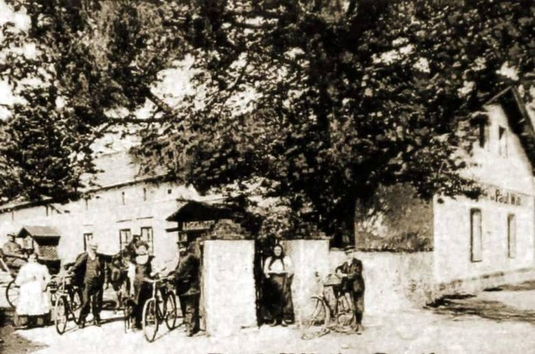 Większość mieszkańców Krośnicy prowadziła uczciwe i spokojne życie. Przez wiele lat nie wiedzieli, kto napadał na ludzi w okolicznych lasach.